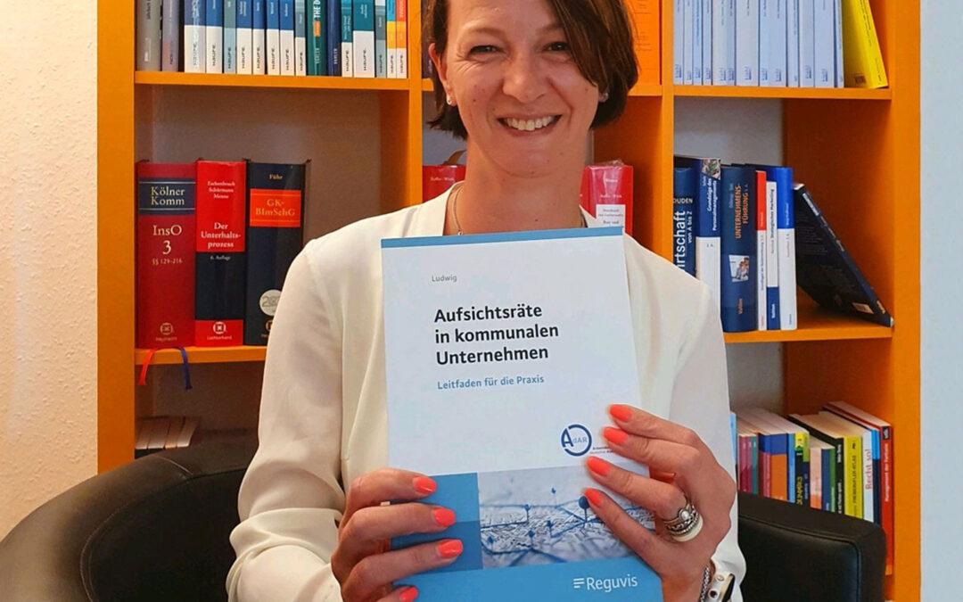 Politik trifft Wirtschaft: 3. Buch von Doreen Ludwig